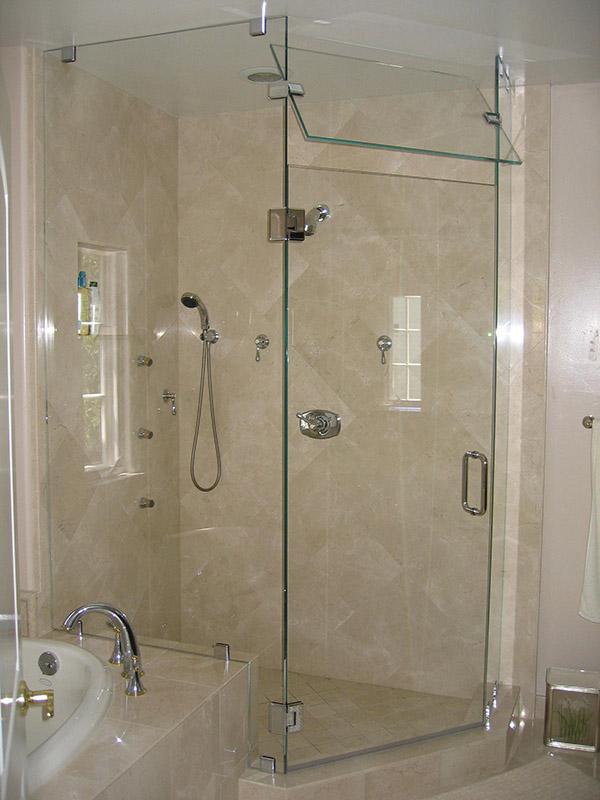 Thi công vách ngăn kính phòng tắm giá rẻ chuyên nghiệp-04