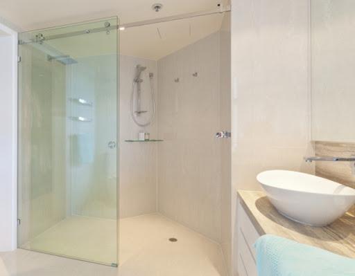 Lắp đặt vách kính lùa phòng tắm giá rẻ tại TPHCM-01