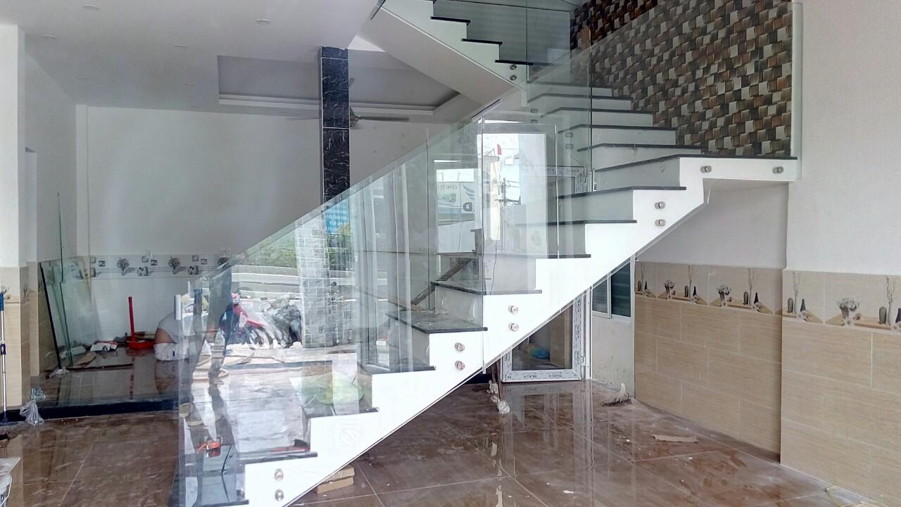 Công ty kính trang trí nội thất tại Bình Dương
