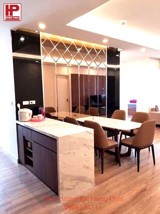 Công ty chuyên cung cấp kính trang trí ốp tường tại TPHCM 01